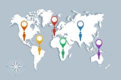 O mapa do mundo, os ponteiros do geo e as figuras vetor dos homens de EPS10 arquivam. Imagem de Stock Royalty Free