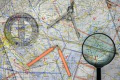 O mapa do voo com significa Foto de Stock Royalty Free