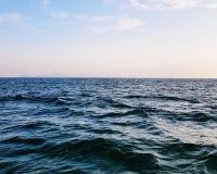O mar acena o fundo Imagem de Stock
