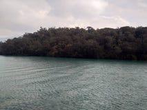 O mar azul foto de stock
