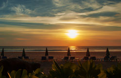 O mar da paisagem acena na praia Imagens de Stock Royalty Free