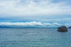 O mar e o céu são natureza em bonito em Ko Tao Chumporn islan Imagem de Stock Royalty Free