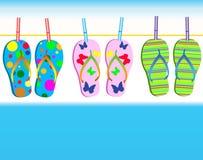 O mar e os calçados Imagens de Stock