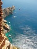 O mar Mediterrâneo e as montanhas aproximam Alanya (país Turquia) Imagens de Stock Royalty Free