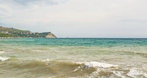O Mar Negro em Crimeia foto de stock