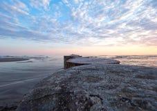 O mar no nascer do sol Imagens de Stock Royalty Free
