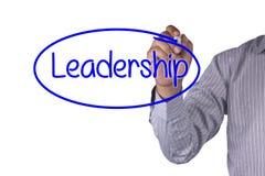 O marcador da escrita do conceito do negócio e escreve a liderança Fotografia de Stock