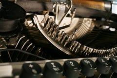 O mecanismo da máquina de escrever Imagens de Stock Royalty Free