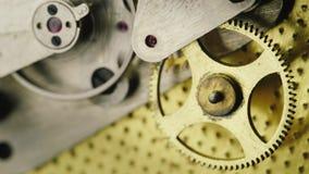 O mecanismo das engrenagens múltiplas video estoque