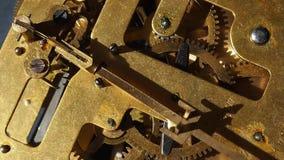 O mecanismo de um relógio velho filme