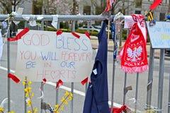 O memorial estabelece-se na rua de Boylston em Boston, EUA, Imagens de Stock