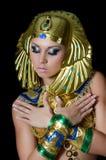 O menina-dançarino em um traje do Pharaoh imagem de stock royalty free