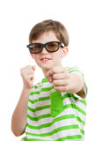 O menino com vidros 3D Fotos de Stock Royalty Free