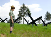O menino e a guerra Foto de Stock Royalty Free