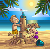 O menino e a menina estão construindo o castelo de areia ilustração stock