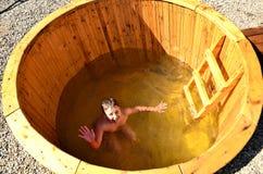 O menino no tambor da água Fotografia de Stock Royalty Free