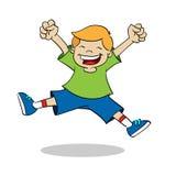 O menino que salta ao sorrir Fotos de Stock
