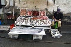 O mercado de peixes Essaouira Marrocos foto de stock