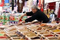 O mercado de sexta-feira da cidade mediterrânea do beira-mar de Kas em Turquia Foto de Stock Royalty Free