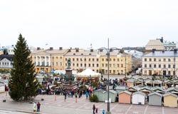 O mercado do Natal no quadrado do Senado, cidade de Helsínquia Imagem de Stock Royalty Free