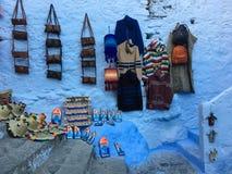 O mercado do ofício chefchaouen dentro, em Marrocos Foto de Stock