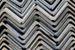 O metal perfila o ângulo Foto de Stock