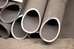 O metal perfila a tubulação Fotografia de Stock