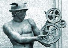 O metal roda dentro as mãos do Mercury Imagens de Stock