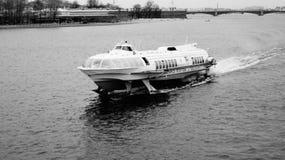 O meteoro do navio Fotografia de Stock Royalty Free