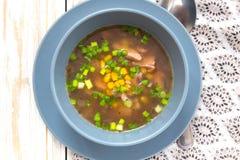 O milho nigeriano tradicional e a galinha fumado cancelam a sopa Fotos de Stock
