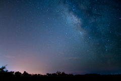 O milkyway em uma noite perfeita Fotografia de Stock Royalty Free