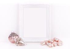 O modelo do Natal denominou a fotografia conservada em estoque com quadro branco Fotografia de Stock Royalty Free