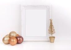 O modelo do Natal denominou a fotografia conservada em estoque com quadro branco Imagem de Stock