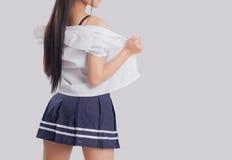 O modelo fêmea 'sexy' decola seu vestido Fotografia de Stock