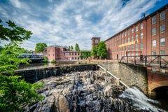 O moinho histórico de Cocheco, em Dôvar, New Hampshire fotografia de stock royalty free