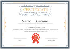 O molde do certificado floresce o vetor elegante ilustração royalty free