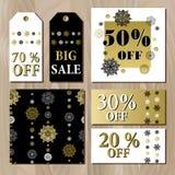O molde imprimível do cartão da venda grande com flocos de neve dourados projeta Fotos de Stock