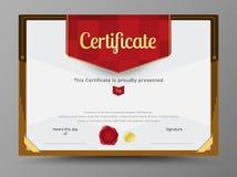 O molde verde do certificado com fita do ouro decora Fotografia de Stock