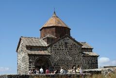 O monastério da ilha ou o Sevanavank (igreja) na ilha de Sevan, Armênia Fotografia de Stock Royalty Free