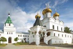 O monastério de Ipatiev Kostroma Rússia Imagens de Stock
