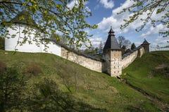 O monastério de Pskovo-Pechersk Fotografia de Stock Royalty Free