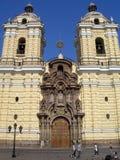 O monastério de San Francisco consagrou em 1673 em Lima, Peru Fotos de Stock Royalty Free