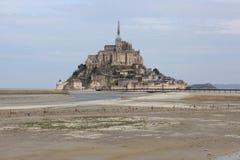 O Mont-Saint-Michel majectic em Fran?a fotografia de stock royalty free