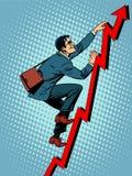 O montanhista do homem de negócios está escalando acima Imagem de Stock