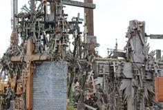 O monte das cruzes em Lithuania imagens de stock royalty free