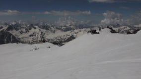 2014 07 o Monte Elbrus, Rússia: Escalada à parte superior de Elbrus filme