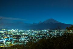 O Monte Fuji em dias do por do sol fotos de stock