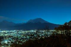 O Monte Fuji em dias do por do sol imagem de stock royalty free