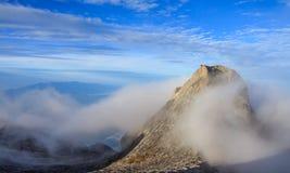 O Monte Kinabalu, estado de Sabah, Malásia Imagens de Stock