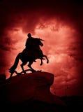O monumento de bronze do cavaleiro em St Petersburg Fotografia de Stock